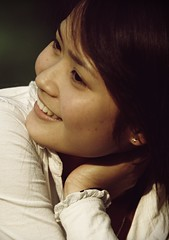 (_blackscorpion_) Tags: portrait cute vietnam hanoi canon30d blackscorpion langthang theunforgettablepictures