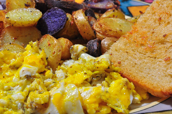 scrambled eggs, sourdough toast,fingerling potatoes