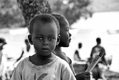 Through the eyes of a child (tocconet) Tags: africa white black kids contrast happy high eyes key bambini happiness occhi bianco nero contrasto felicità