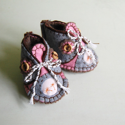 hand-stitched wool felt baby booties