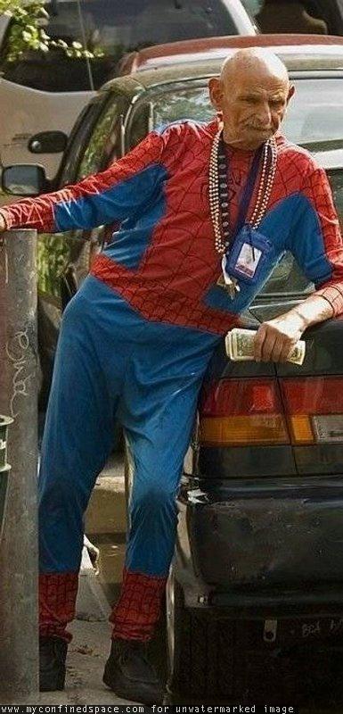 Homem Aranha aposentado