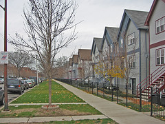 affordable infill housing in Chicago's Kenwood (courtesy of EPA Smart Growth)