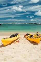 Kayak me! (Fabi Fliervoet) Tags: pictures island saintmartin photos stock stmartin tropical caribbean stmaarten sintmaarten netherlandsantilles saintmaarten fabifliervoet