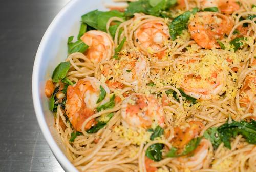Jamie Oliver Spaghetti with Shrimp and Arugula