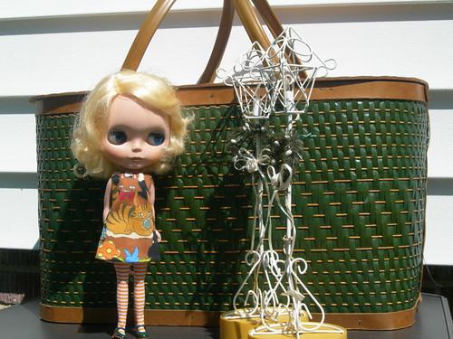 vintage basket garage sale find