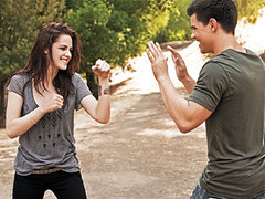 Bella+Jacob (Seth Clearwater Luvr) Tags: new moon black werewolf dawn eclipse swan twilight jacob outtakes scene entertainment stewart taylor kristen bella weekly breaking lautner