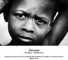 Inocencia (Héctor Conesa) Tags: africa blancoynegro tristeza retrato tribal mali mirada infancia niño exposicion burkinafaso sahel pobreza inocencia tribu etnico etnia