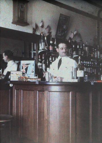 Art Deco French Bar - Half a Stereo Autochrome - c. 1930
