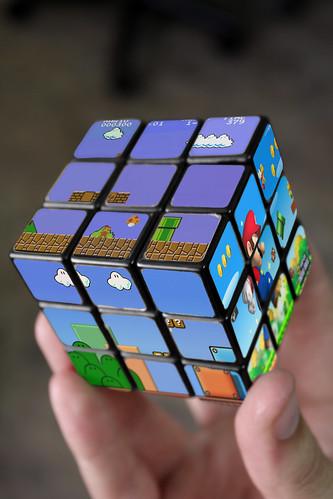 Thumb El cubo Rubik de Super Mario Bros