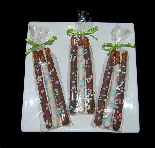 Easter chocolate dipped pretzels