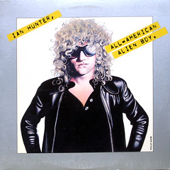Shades On (epiclectic) Tags: music records art classic rock vintage personal album memories vinyl favorites retro collection jacket cover lp record hd sleeve 1976 ianhunter thefuturessobrightigottawearshades epiclectic tfsbigws