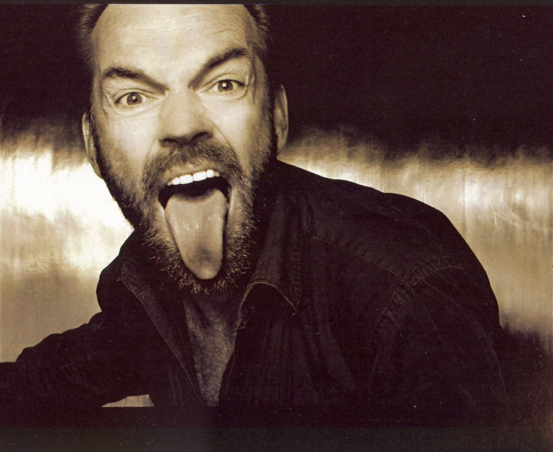 usada_Hugo Weaving