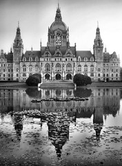 Rathaus Hannover (Piquet (contrastimages.co.uk)) Tags: bw nikon rathaushannover