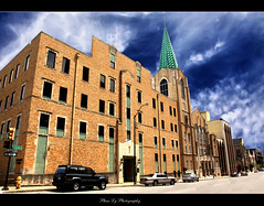 First Baptist Church Tulsa (EXPLORE FP) (熊.陈美芬.Phan Ly Photography.On/Off) Tags: sky art oklahoma me church canon photography eos freedom photo bravo mark front page tulsa ll d5 excellence faved naturesfinest supershot top20colorpix markll golddragon platinumphoto anawesomeshot citrit theunforgettablepictures overtheexcellence goldstaraward natureselegantshots goldenheartaward vosplusbellesphotos