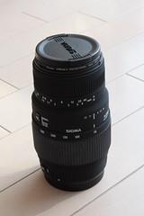 シグマ 70-300mm F4-5.6 DG MACRO