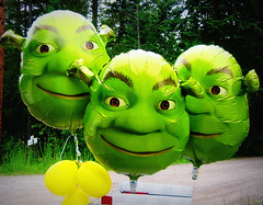 When One Shrek Is Not Enough (Colorado Sands) Tags: usa fairytale america balloons festive rockies happy three us montana shrek unitedstates rockymountains amerika americanwest ogre schreck schrecklich montanhasrochosas westernunitedstates sandraleidholdt leidholdt sandyleidholdt