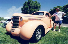 just peachy (Outrageous Images) Tags: colorado 15mm carshow fruita canont70 superwideangle agfaultra50 reedpark outrageousimages davewadsworth