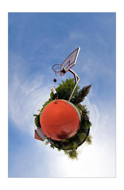 2005-05-PlanetBasketball