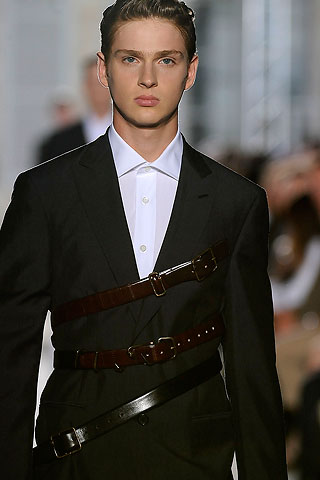 Lucas Mascarini354_SS10_Paris_Raf Simons(Men Style)