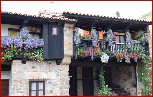 Casa by Miguel Allué Aguilar
