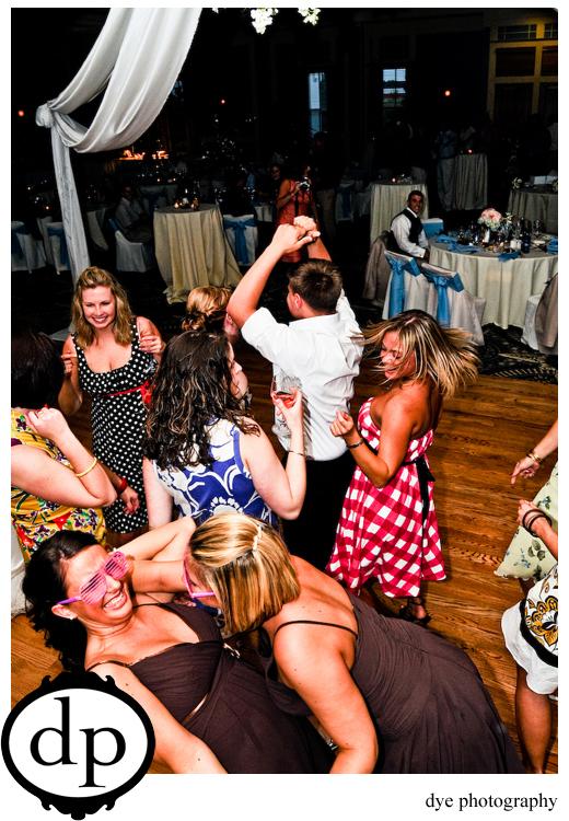 craaazy dancing!