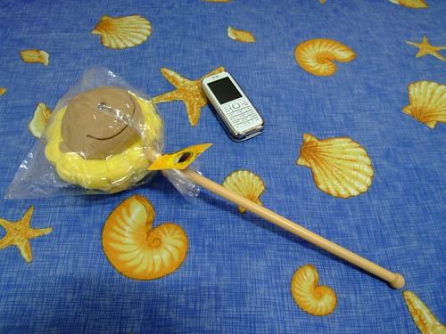 奶油獅絨毛搥背棒-1