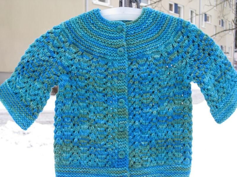 FebruaryBabySweater_valmis