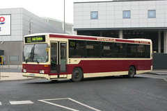 EYMS 300 S330PKH (Howard_Pulling) Tags: bus buses mercedes mercedesbenz hull 0405 citybus eastyorkshire optare route220 eyms optareprisma hullinterchange