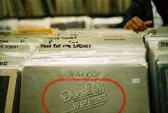 Supremes (lola smalls) Tags: photographer lp recordstore crates albumcovers dianarossandthesupremes hadiyah vintagealbums vintagecrates albumshopping daché
