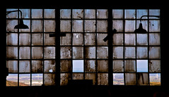 Anime gemelle (Topyti) Tags: geotagged sardinia decay olympus e3 lampioni arbus gemelli vetrata archeologiaindustriale guspini parcogeominerario pozzosartori cantieridilevante geo:lat=39556695 geo:lon=858029 motevecchio unaminieradiemozioni