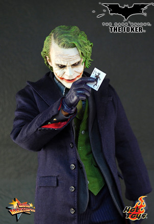 Hot Toys BATMAN The Dark Knight JOKER 12