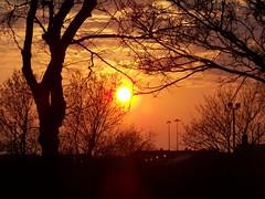 Golden sky. (Church Mouse 07) Tags: uk sunset kodak april redsky easyshare theperfectphotographer z8612is platinumbestshot