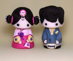 Cutie Korean hanbok bride and Italian groom/cake topper (YuYuArt) Tags: sculpture baby cute art girl children toy italian doll softie korean hanbok handcrafted caketopper brideandgroom boutonniere weddingcaketopper bridalflowerbouquet