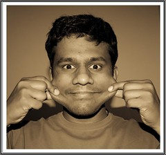 Day 113/365 | 23 Apr 09 (Kiran Pilly) Tags: smile pull cheeks 365 112 sigma1020mm project365 canon400d day112365