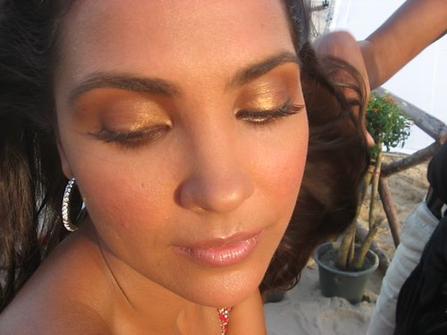 that is just the right product to create a bronzy tanned skin look.