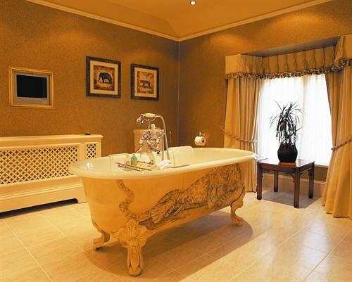 Goldtalon Manor 3814528092_5e0c416b35