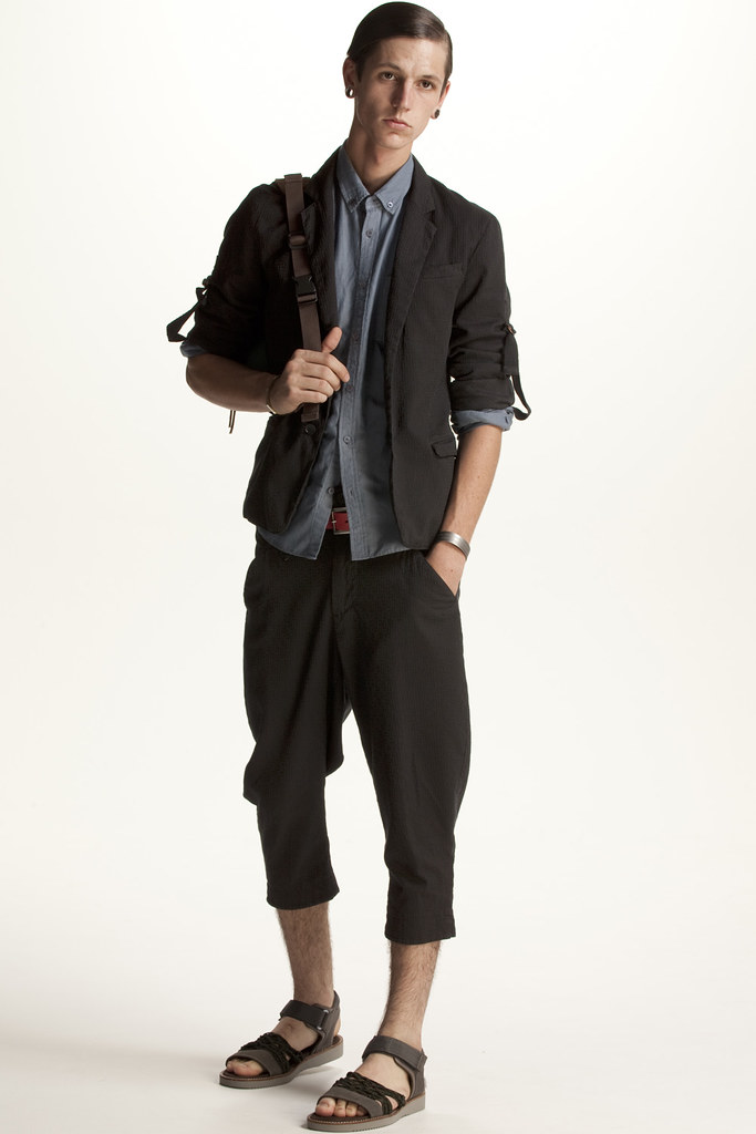 FACTOTUM HOMME 2011 SS 017_Tommy Cox