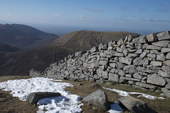 Mighty Wall (Mark Paul Beattie) Tags: winter sky white mountain snow cold wall newcastle early frozen nikon exposure frost stones bare peak frosty summit northernireland northern mourne beautifull mournemountains 18mm donard 18135 slievedonard mournewall d80 18135mm nournes