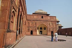 Fort d'Agra (LLudo) Tags: india tajmahal agra inde redfort fortrouge
