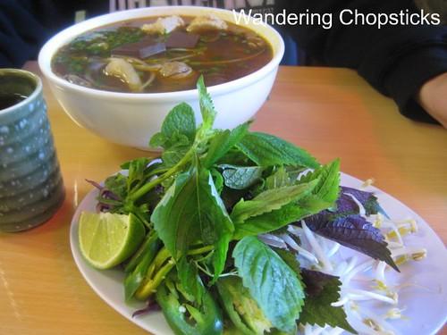 Pho Minh Vietnamese Restaurant - South El Monte 5