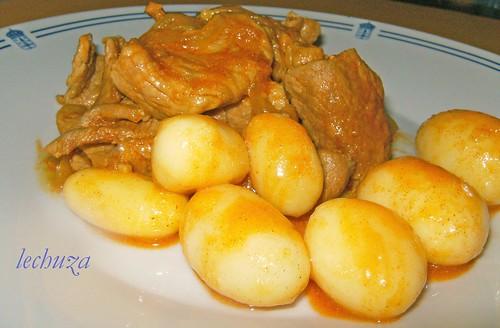 Carne encebollada-plato bueno