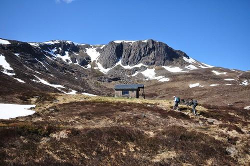 Hutchison memorial hut below Creagan a' Choire Etchachan