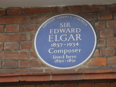 Photo of Edward Elgar blue plaque