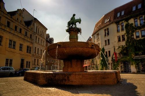 Eselsbrunnen auf dem Alten Markt