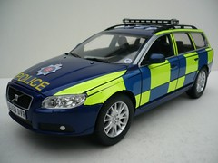 1:18 Code 3 Volvo V70 T6 Essex Police Road Policing Unit - Front (alan215067code3models) Tags: road 3 volvo code police essex t6 unit 118 v70 policing