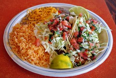 Fish Tacos (Rob-In-Transit) Tags: food cheese vancouver lunch washington beans nikon rice mexicanfood roadtrip cabbage lime fishtacos picodegallo d90 muchasgracias
