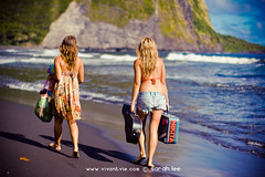 (SARA LEE) Tags: ocean travel girls cliff black green walking blacksand hawaii sand photoshoot bokeh guitar places case journey valley bigisland ashleys nikita camerons waipio waipiovalley honokaa sarahlee legothenego vivantvie