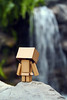 Checking Out What's Below (Antty+) Tags: river waterfall singapore ride coastal roller thrill danbo sucide danboard antty antontang