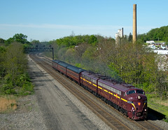 Juniata Terminal EMD E8A 5711 (Harry Gaydosz) Tags: pennsylvania trains pa derry locomotives railroads prr pennsylvaniarailroad jtfs juniataterminal jtfs5711 ns068