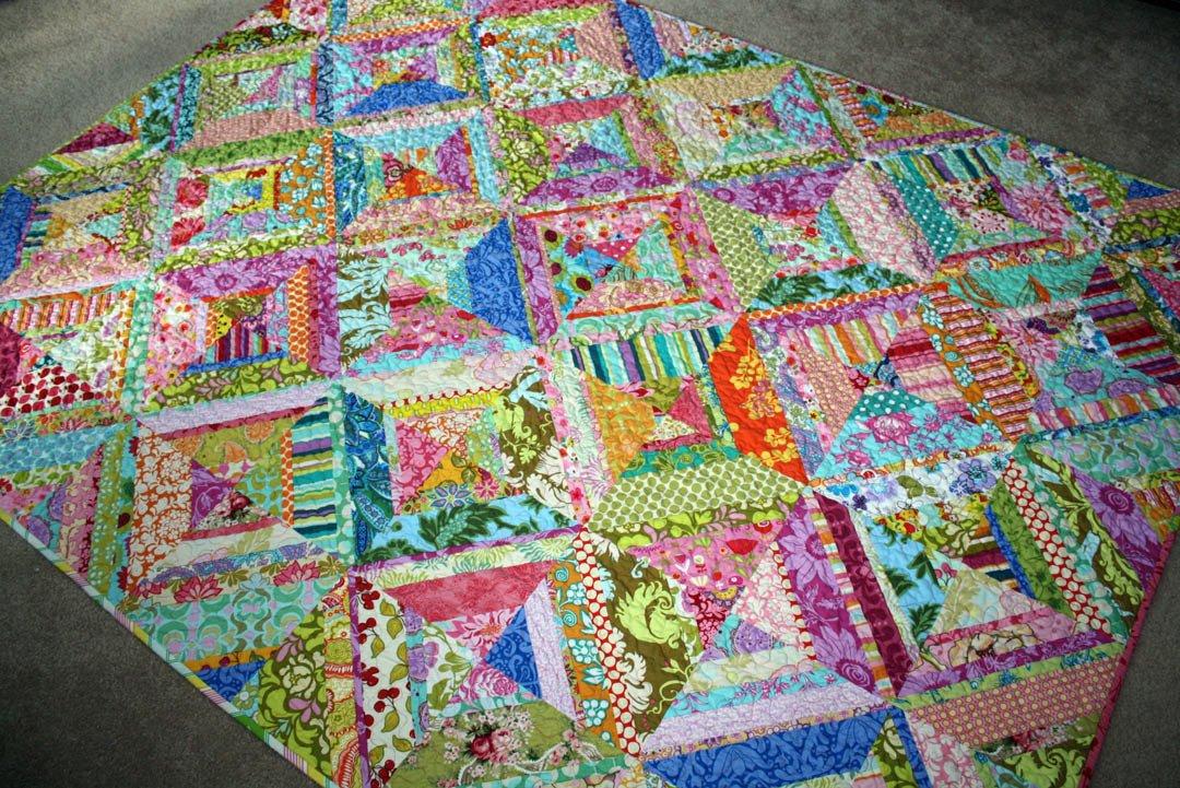twin fibers: Bright colored scrappy quilt - finished! : bright colored quilt patterns - Adamdwight.com